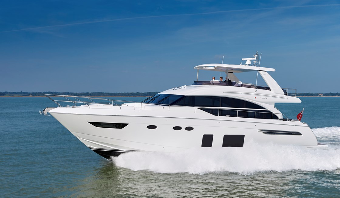bateau  Princess 68 Flybridge