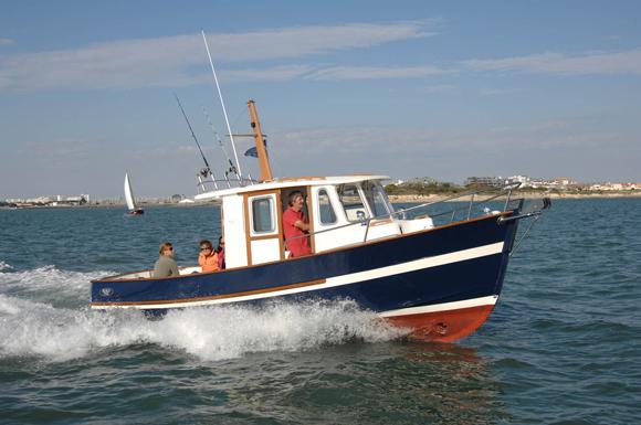 bateau  Rhéa 750