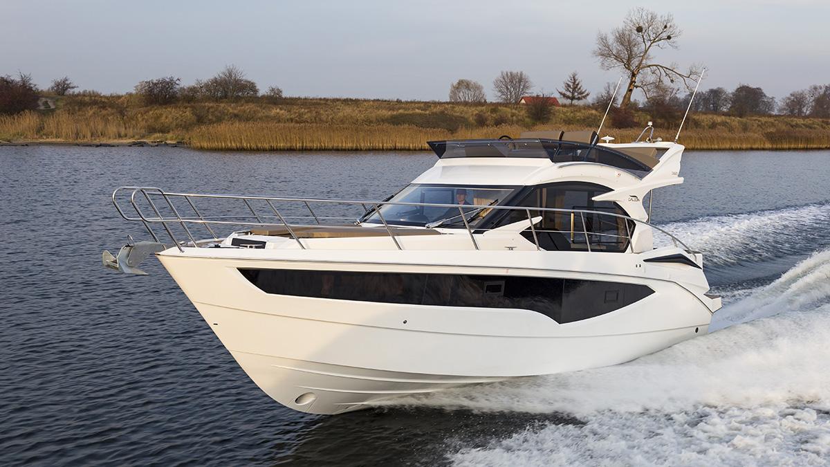 bateau Fibramar 360 FLY