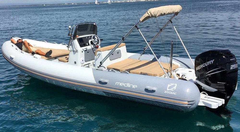 bateau Brig Medline 740