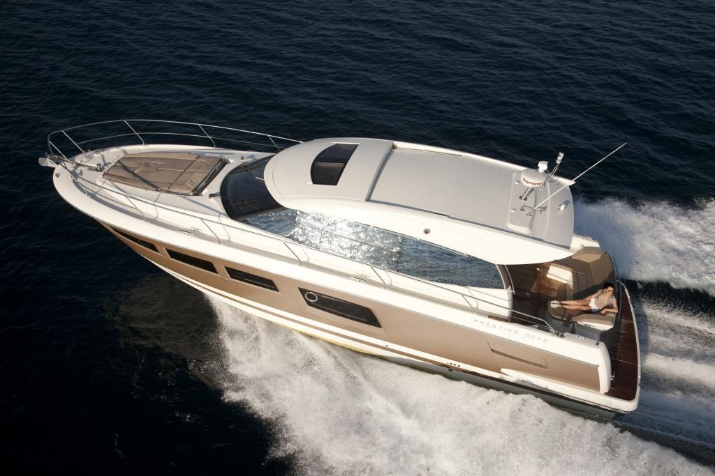 bateau moteur  PRESTIGE 500S