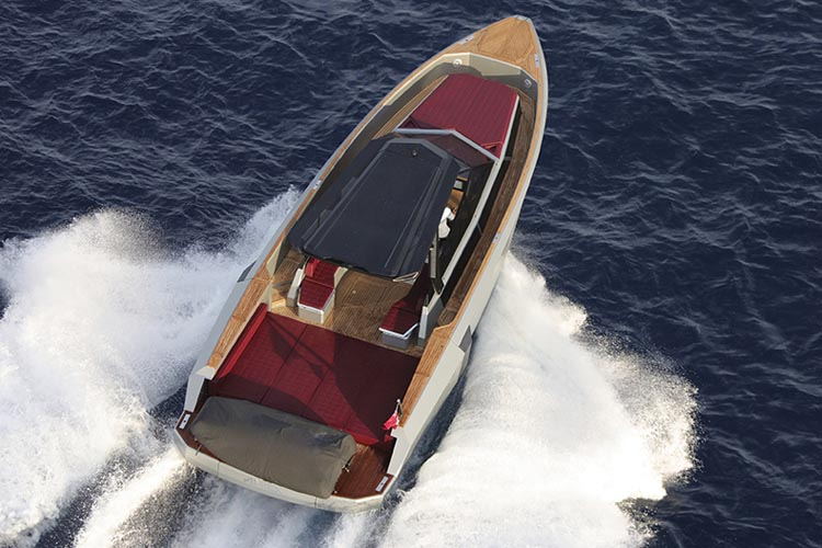 bateau Axopar Evo WA