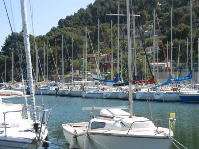 Istres - Les Heures Claires - port de plaisance