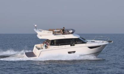 bateau Axopar VELASCO 37 F