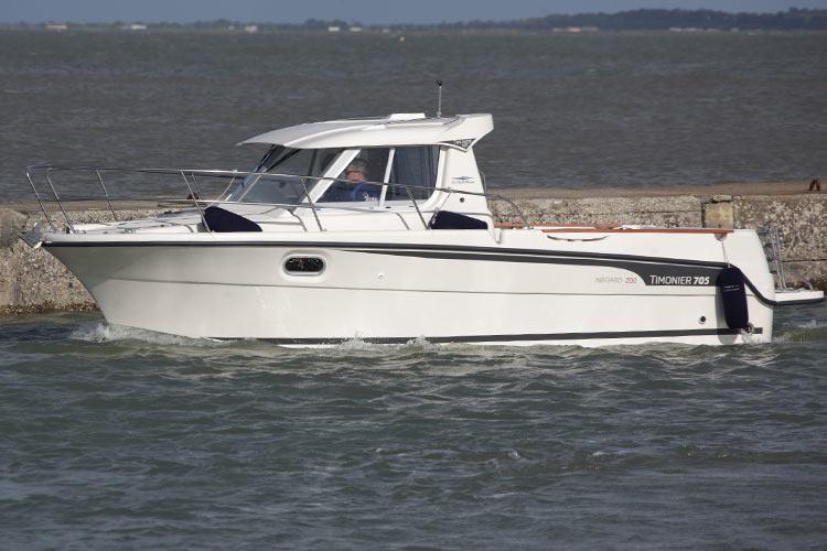 bateau Jeanneau Timonier 705 Inboard