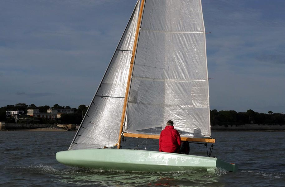 voilier Scow FR18