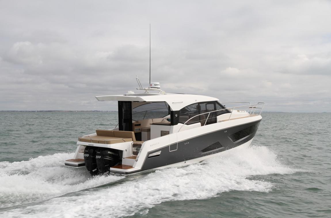 bateau  Parker 110 Monaco