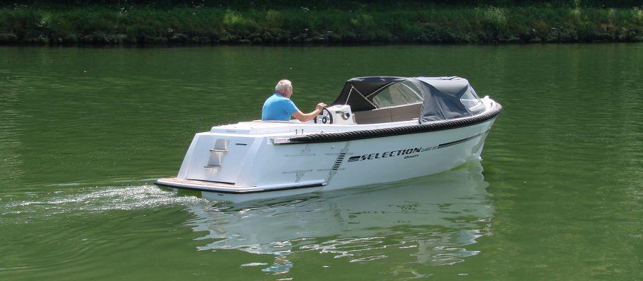 bateau Parker Classic 590