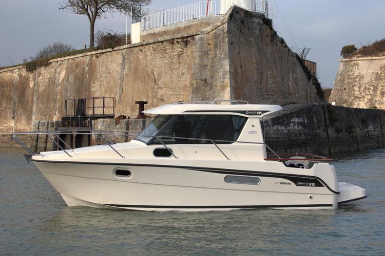 Range Cruiser 815 Inboard de