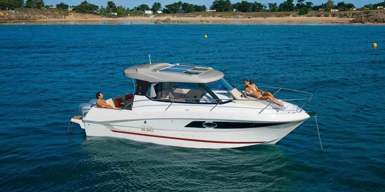 Image De Bateau bénéteau antares 8.80 - bateau à moteur - fiche technique bateaux