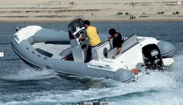 bateau  NJ 700