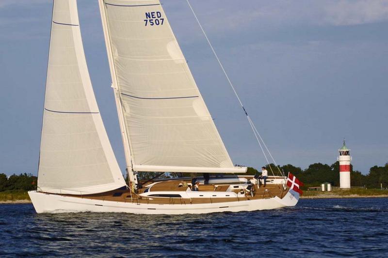 voilier IMX 70 Dufour Yachts