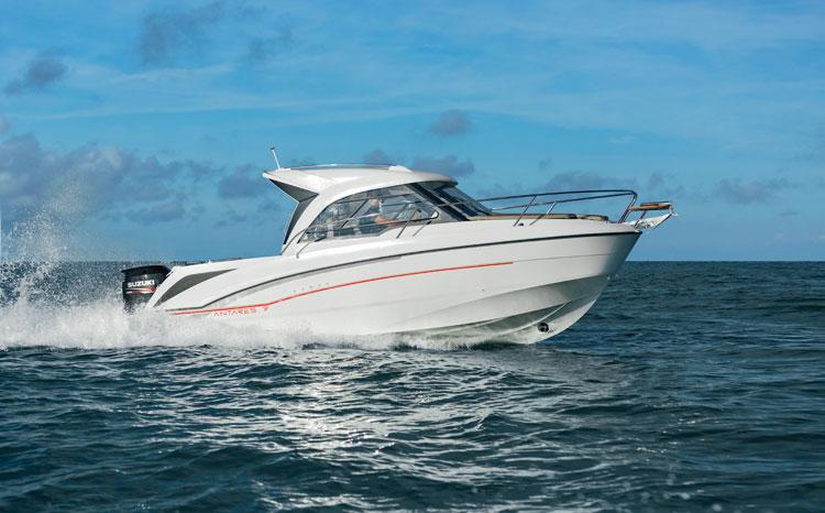 bateau  Antares 7