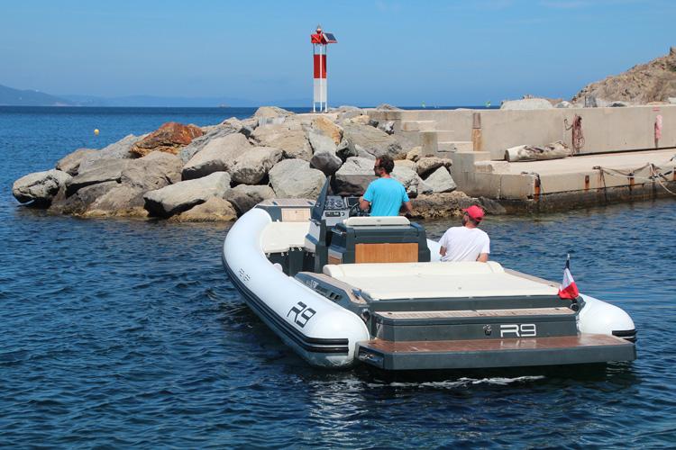 bateau BWA R9