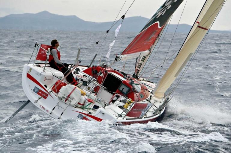bateau moteur Bénéteau Figaro 2