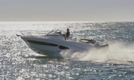 bateau Clear Marine Cap Camarat 10.5 WA