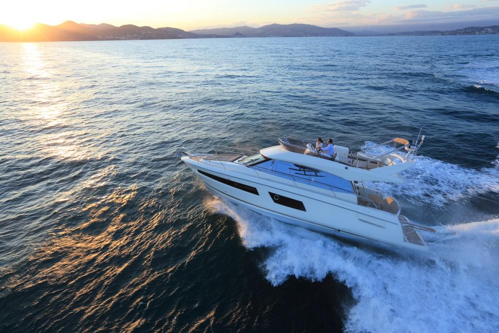 bateau Sunseeker PRESTIGE 450