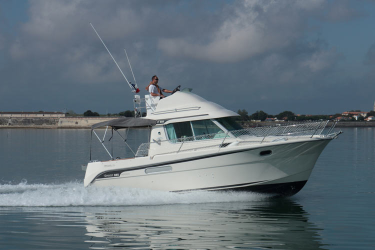 Range Cruiser 885 Inboard de