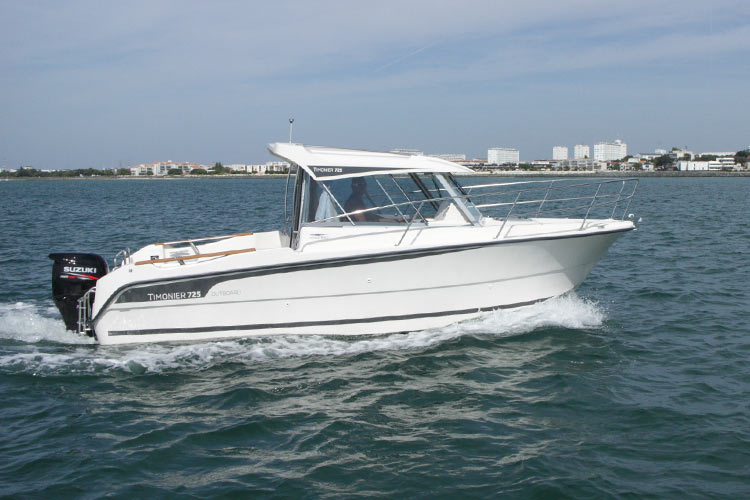 Timonier 725 Outboard de Bernard DUROS