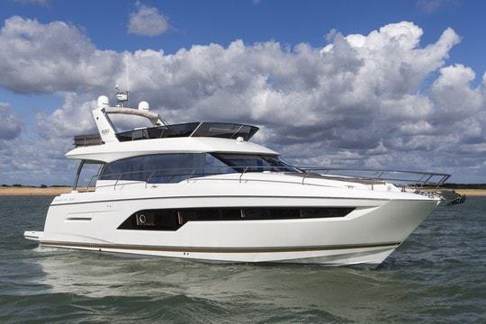 bateau moteur PRESTIGE PRESTIGE 630