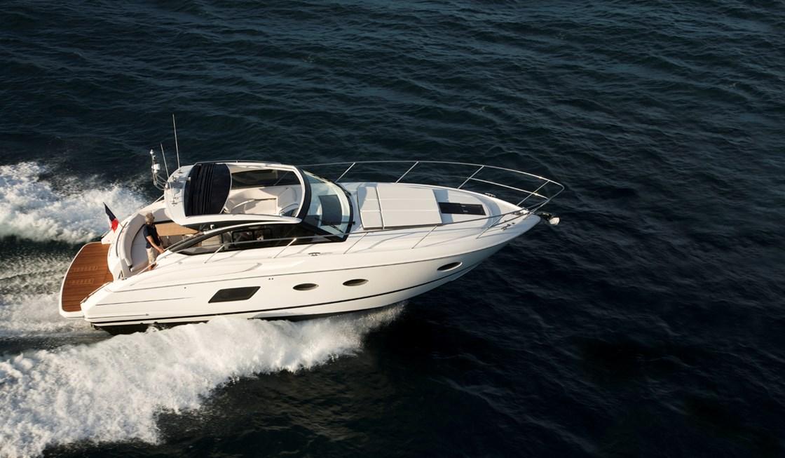 bateau  Princess V39