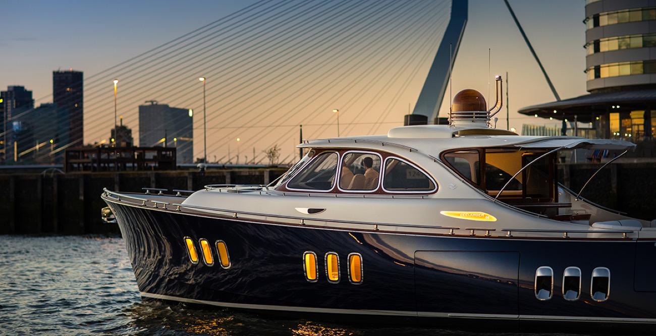 bateau moteur Sunreef Yachts Zeelander Z55
