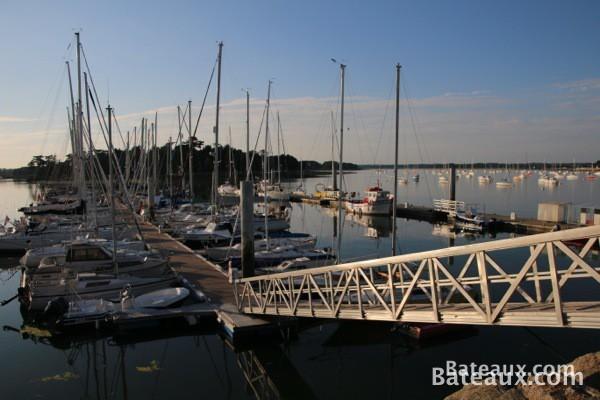 Photo Ponton dans le port de Loctudy (29)