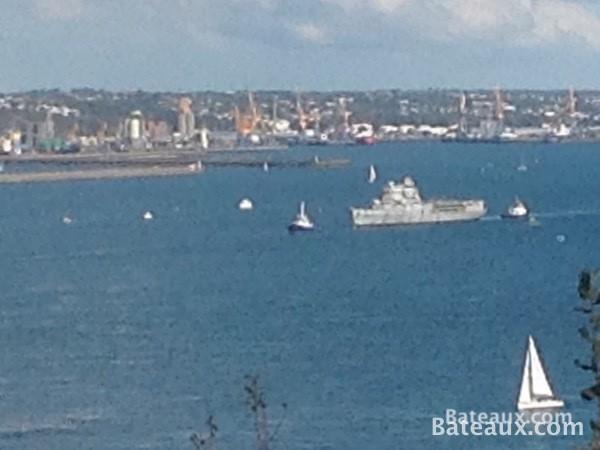 Photo La Jeanne dans le goulet de Brest
