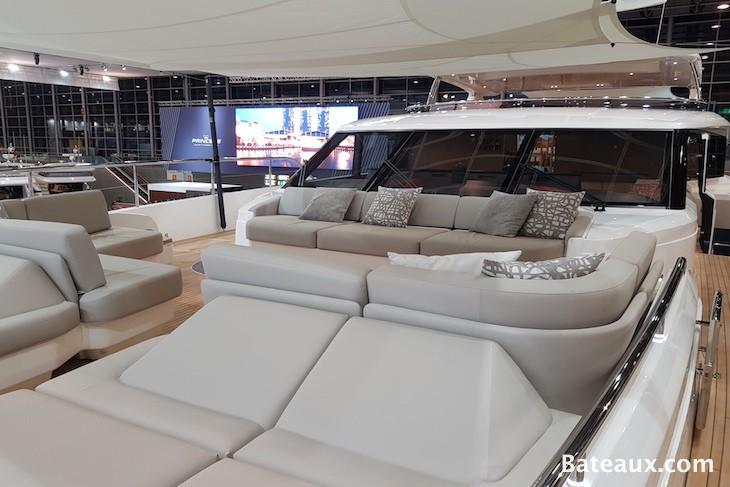 Photo Pont avant Princess 35 M de Princess Yachts
