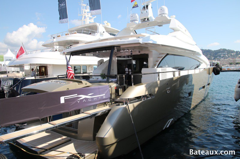Photo Cannes Yachting festival 2015 - 31