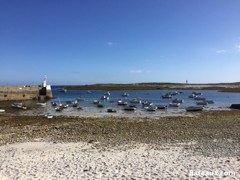 Photo Port de Molène à marée basse
