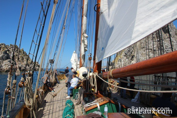 Photo Les Tas de Pois en presqu'ile de Crozon à bord de la Recouvrance