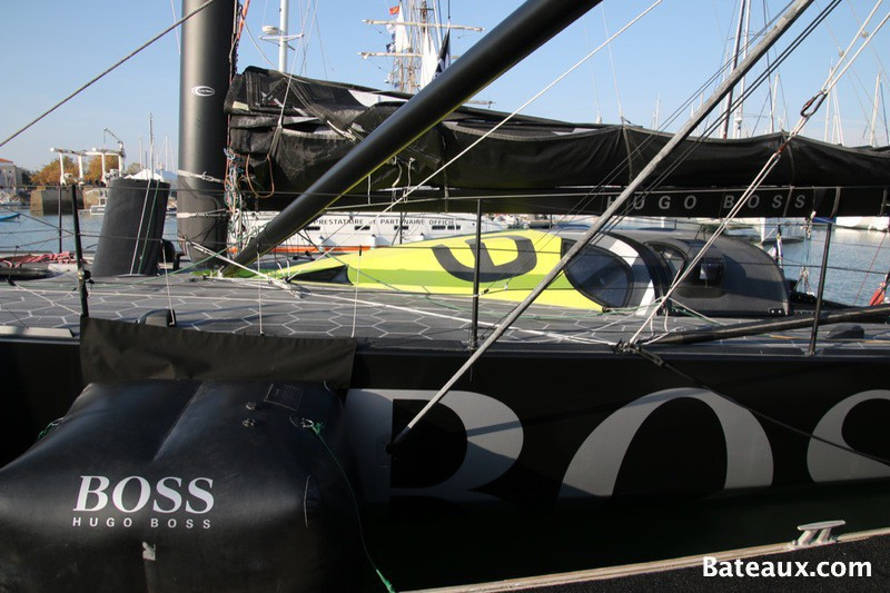Photo Imoca Hugo Boss avant le départ du Vendée Globe