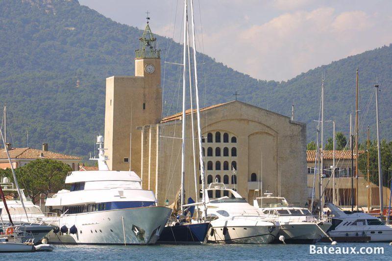 Escale port grimaud 83 - Visiter port grimaud ...