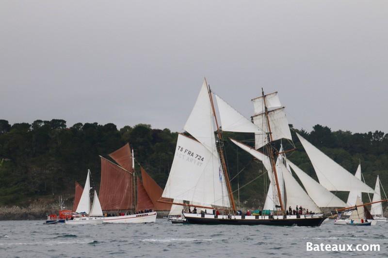 Photo La Recouvrance dans la rade de Brest