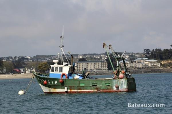 Photo Bateau de pêche au coffre