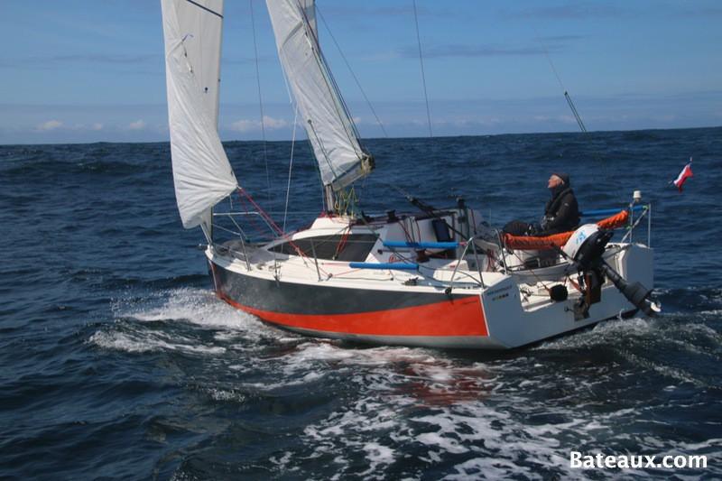 Navigation avec le django le petit voilier de mar e for Dans un petit bateau