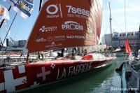 Imoca LA FABRIQUE sur le ponton du Vendée Globe