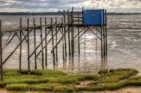 Cabanes à Carrelet bleue sur le fleuve