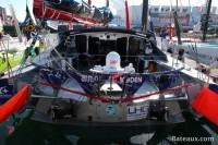 SPIRIT OF YUKOH sur le ponton du Vendée Globe 2016