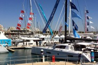 photo Les bateaux exposés sur le salon international de la Grande-Motte