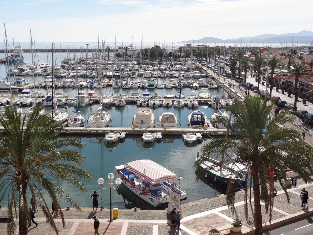 Port Saint Cyprien 66 Informations Maritimes Sur Le Port De
