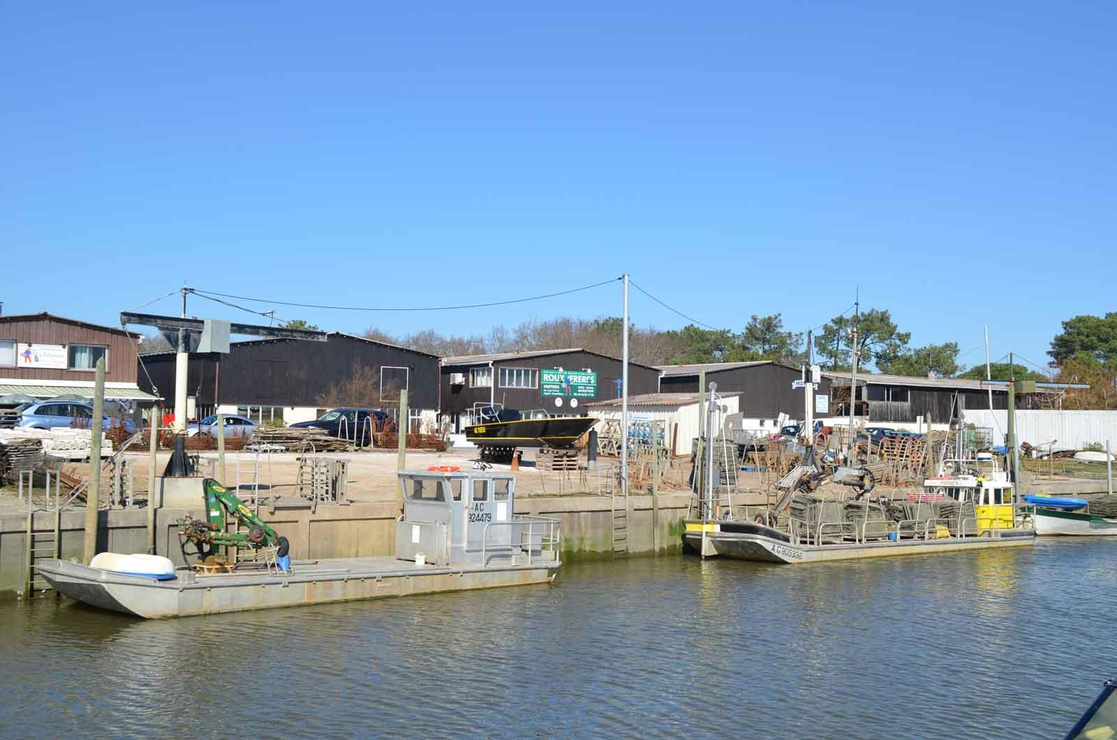Port andernos les bains port d 39 ostr iculture 33 informations maritimes sur le port de - Office tourisme andernos les bains ...