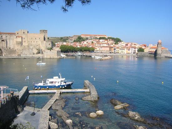 Port collioure 66 informations maritimes sur le port de plaisance - Office du tourisme de collioure ...