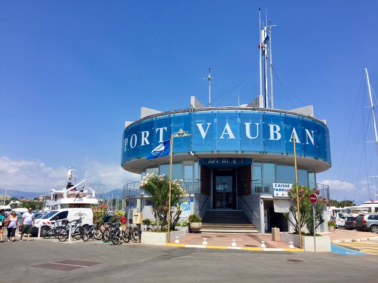 Port antibes vauban 6 informations maritimes sur le port de plaisance - Port de cannes capitainerie ...