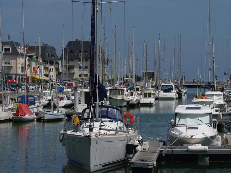 Port port en bessin 14 informations maritimes sur le port de plaisance - Office de tourisme port en bessin ...