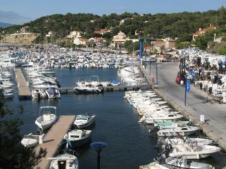 Port saint cyr sur mer la madrague 83 informations - Port de la madrague saint cyr sur mer ...