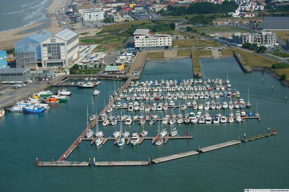 Port dunkerque port du bassin du commerce 59 informations maritimes sur - Restaurant du grand large dunkerque ...